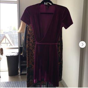 💛(2 for $10) Forever 21 Velvet Wrap Dress 🎁✨